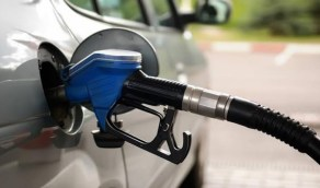 طريقة التعامل مع وضع وقود خاطئ في خزان السيارة