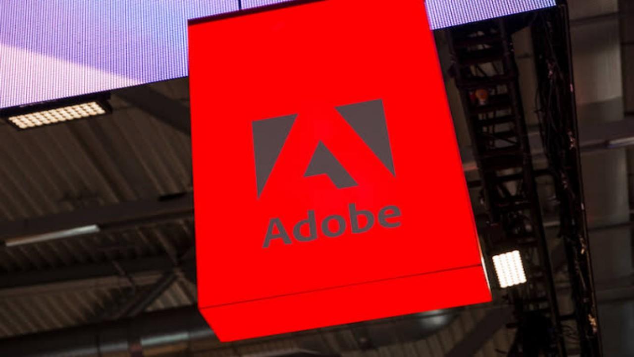 تحذير أمني عالي الخطورة من تحديثات «adobe»
