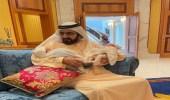 """صورة.. الشيخ محمد بن راشد مع حفيديه """"راشد وشيخة"""""""