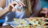 الإفراط في تناول الملح يؤدي إلى الإصابة بالسرطان والجلطة الدماغية