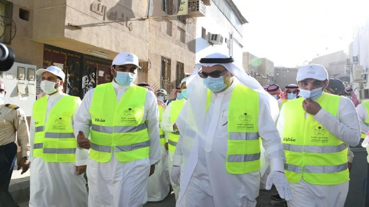 """أمين الشرقية يدشن مبادرة """" عمار السعودية """" في حي الدواسر بالدمام"""