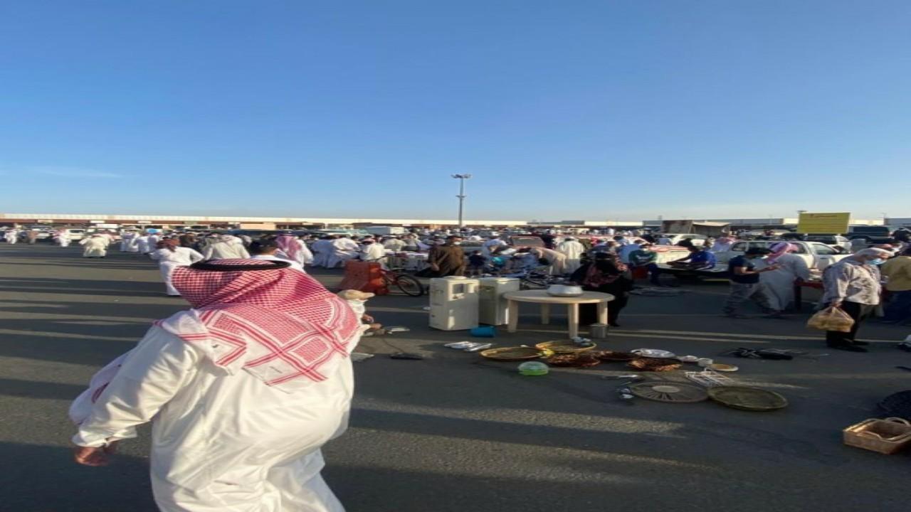 إغلاق سوق الحراج في خميس مشيط بسبب كورونا