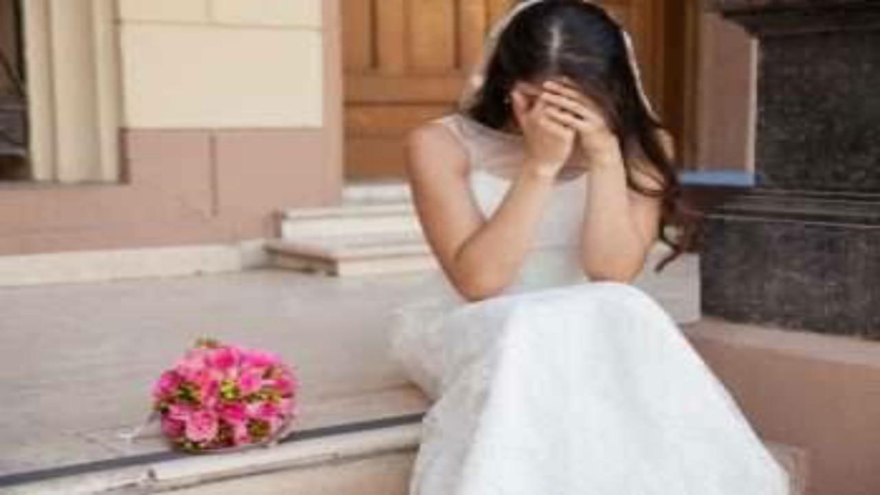 """عروس تلغي حفل زفافها بعد رؤيتها العريس بحالة """"سكر"""""""