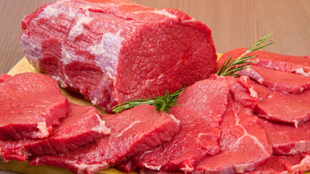 """استشاري:أكل اللحوم الحمراء دون شرب المياه يسبب أمراضا في الكلى """"فيديو"""""""