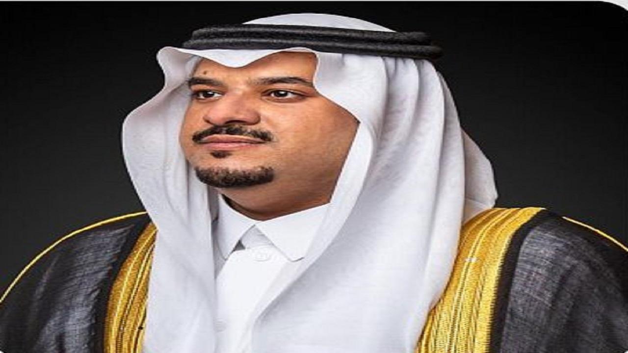 سمو نائب أمير منطقة الرياض يؤدي صلاة الميت على الشيخ ناصر الشثري