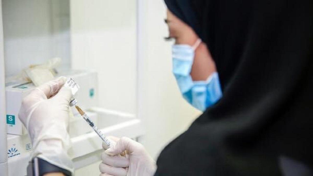الصحة: تطعيم 98% من الممارسين الصحيين العاملين في مراكز اللقاح بالمملكة