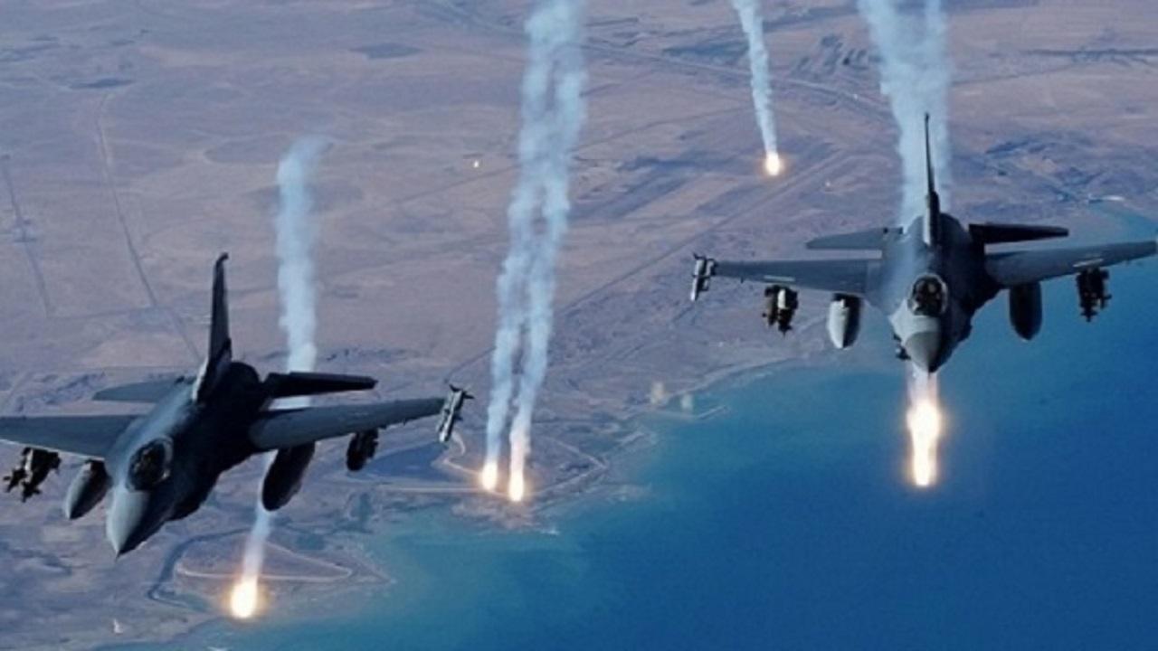 طيران التحالف العربي يشن 4 غارات جوية على مواقع ميليشيا الحوثي