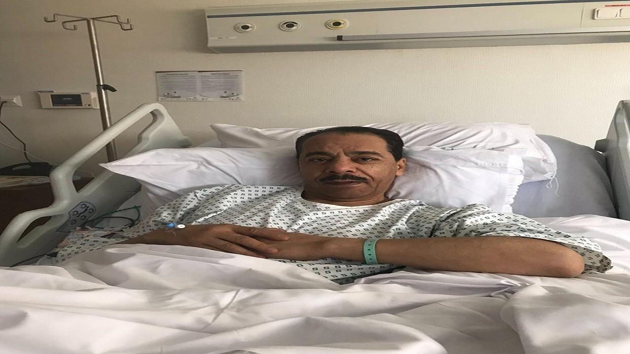 أمير تبوك يطمئن على حالة صالح النعيمة بعد خضوعه لعملية جراحية
