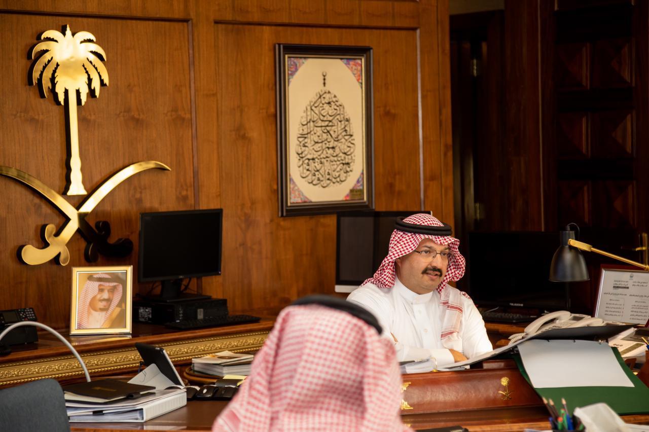 أمير عسير يشيد بموقف المواطنة التي أجارت قاتل ابنها دون طلب
