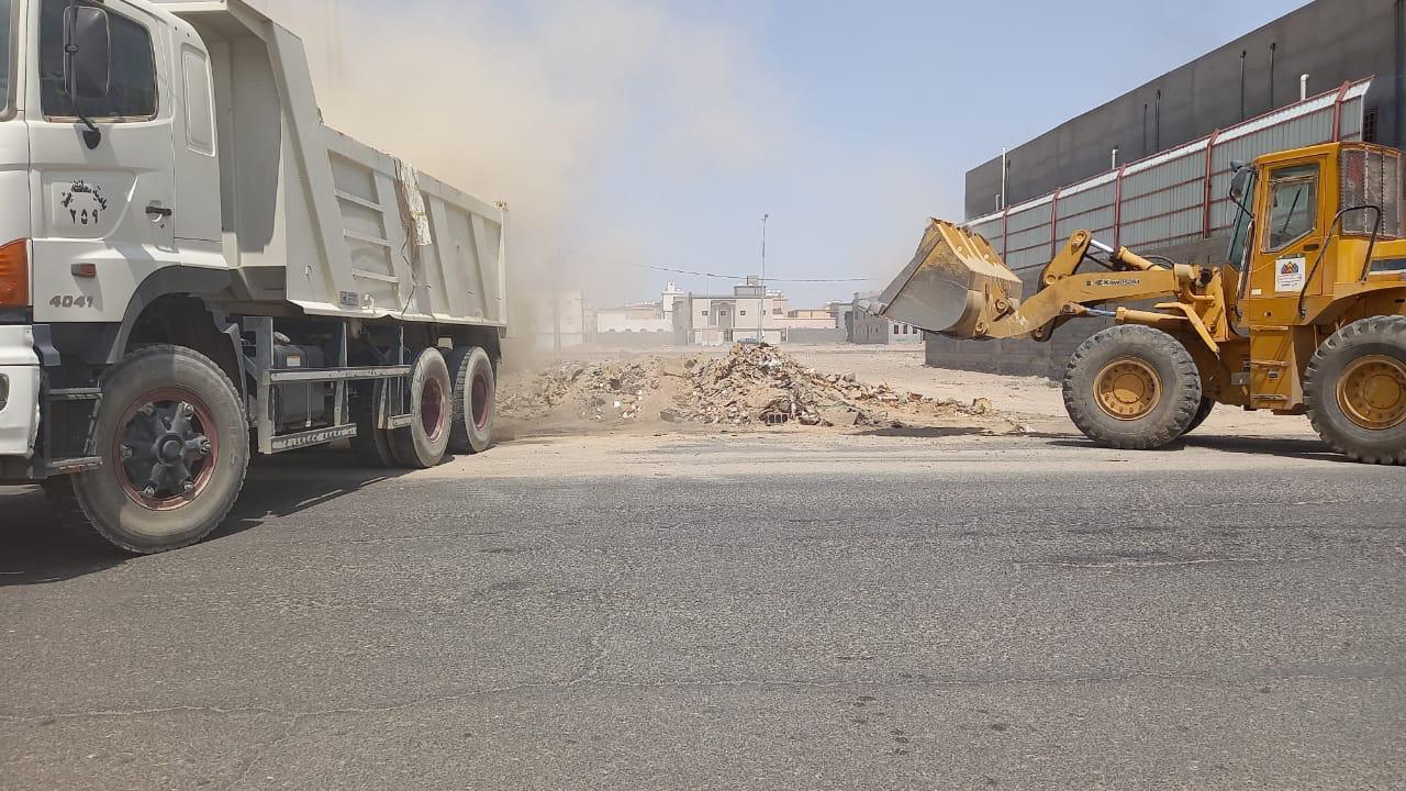 بلدية بيشة ترفع 12 ألف طن مخلفات خلال أسبوع