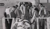 صورة تاريخية للملك سعود بن عبدالعزيز أثناء افتتاحه التوسعة الجديدة لميناء الدمام