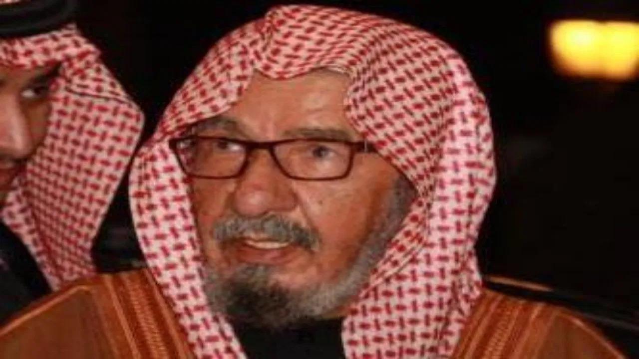 """""""سعود الشثري"""" يرثي والده بقصيدة مؤثرة"""