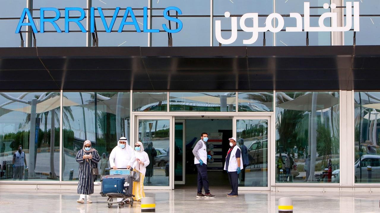 الكويت تسمح لغير المواطنين الحاصلين على لقاح كورونا بالدخول إلى البلاد