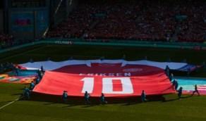 """بالصور .. لاعبو منتخبي بلجيكا والدنمارك يكرمون """"إريكسن"""" بطريقة مؤثرة"""