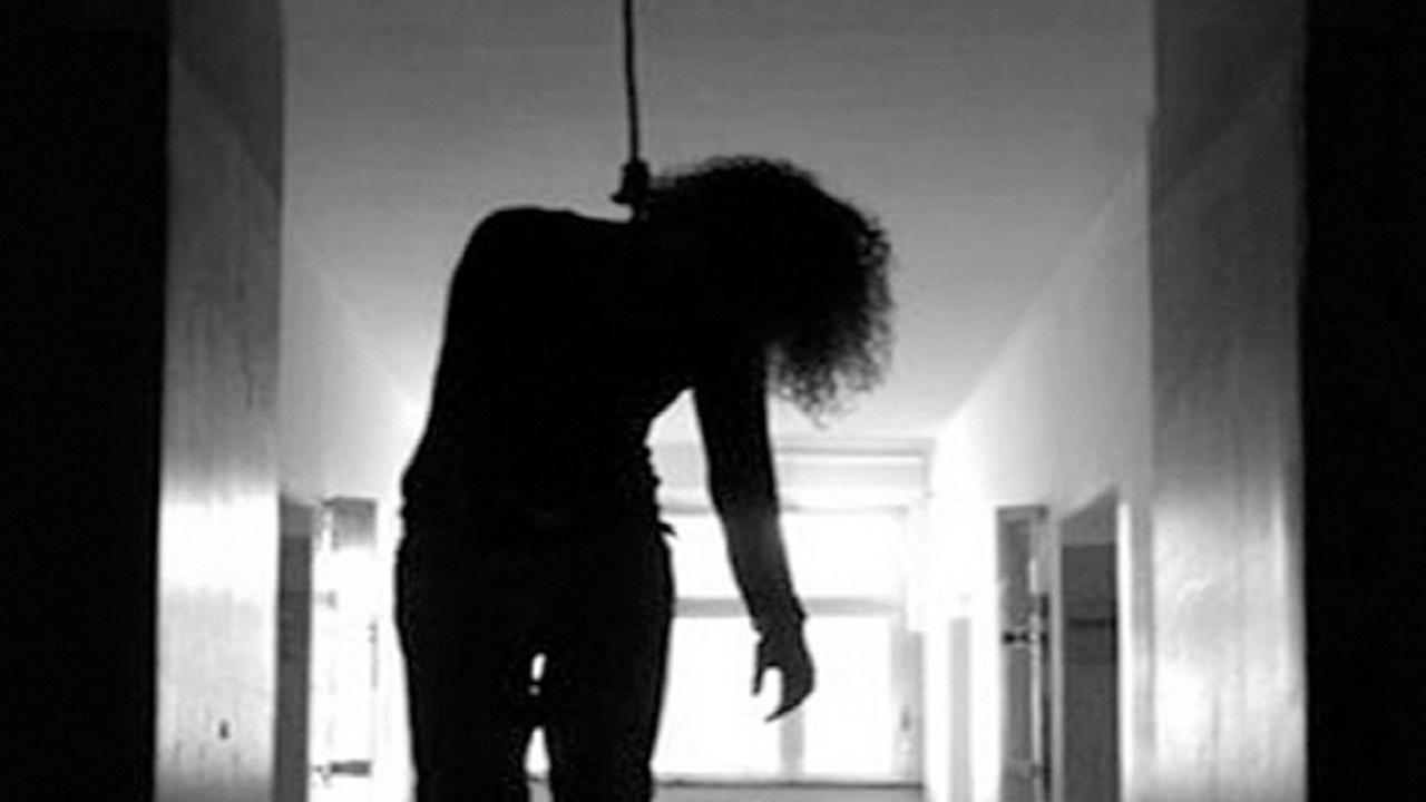 انتحار طالبة مصرية بعد رفض زواجها من شاب