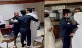 بالفيديو .. مشاجرة بين أعضاء جمعية عمومية لإحدى الشركات بالكويت
