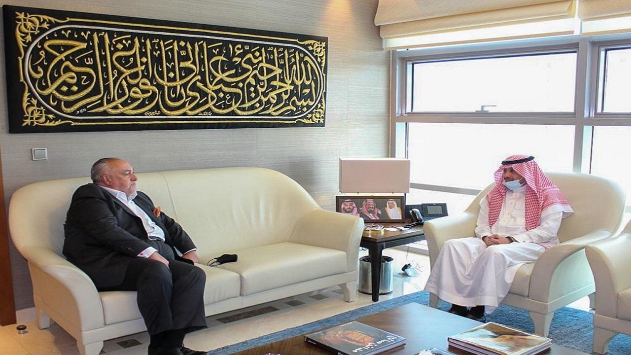 سفير المملكة لدى الأردن يلتقي ممثل برنامج الأغذية العالمي