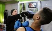 ثلاثينية تدرب الشبان على الملاكمة في صعيد مصر