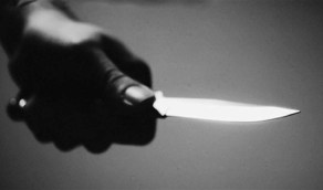 ذبح امرأة على يد زوجها بعد ضبطها في وضع مخل