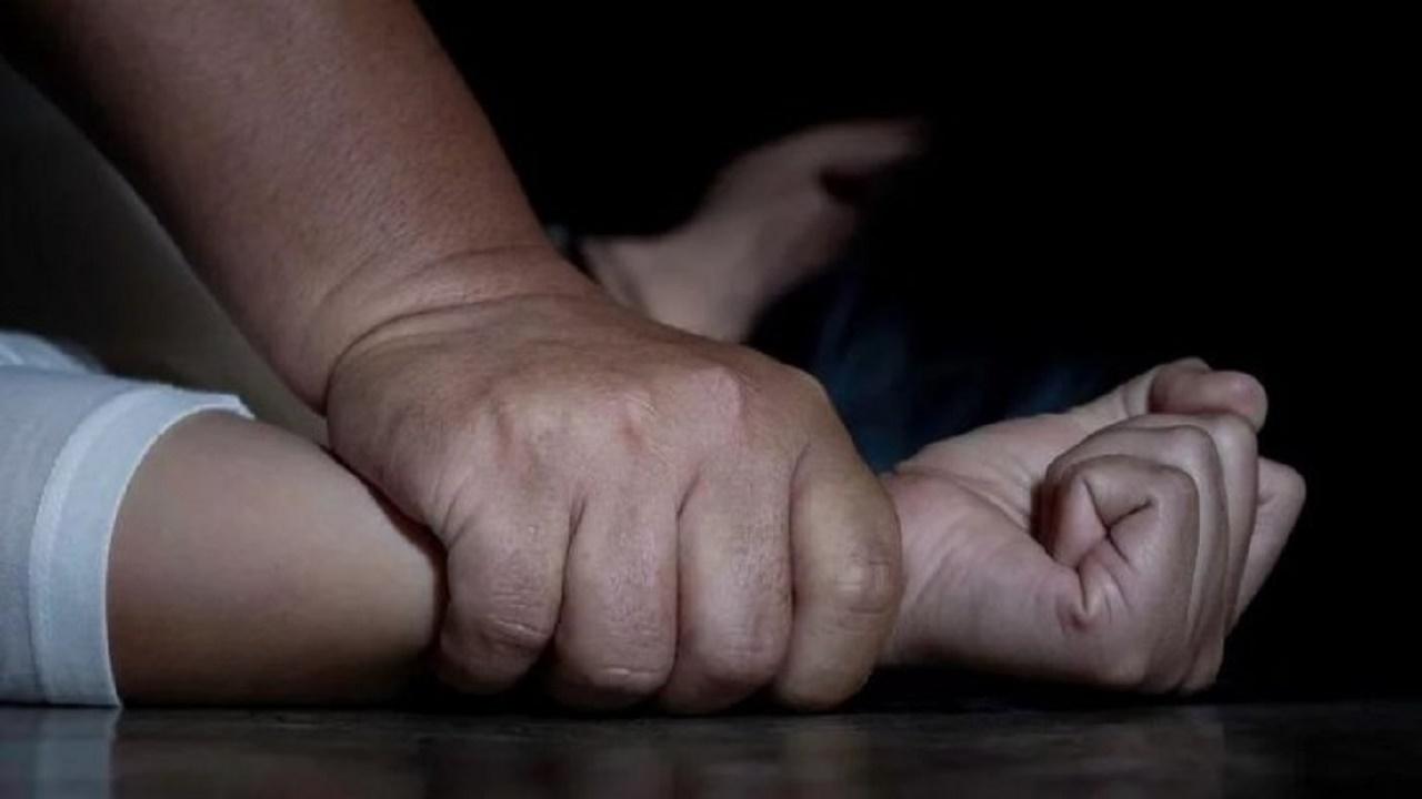 تعرض أرملة لاغتصاب جماعي أمام ذويها