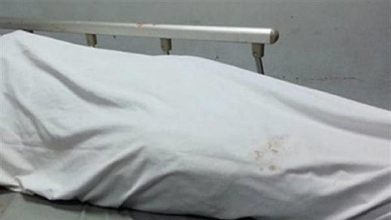 رجل يقتل زوجته ويخفي الجثة في خزان الصرف الصحي