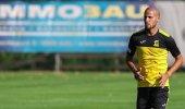 الاتحاد يمدد عقد الأحمدي موسماً اضافياً