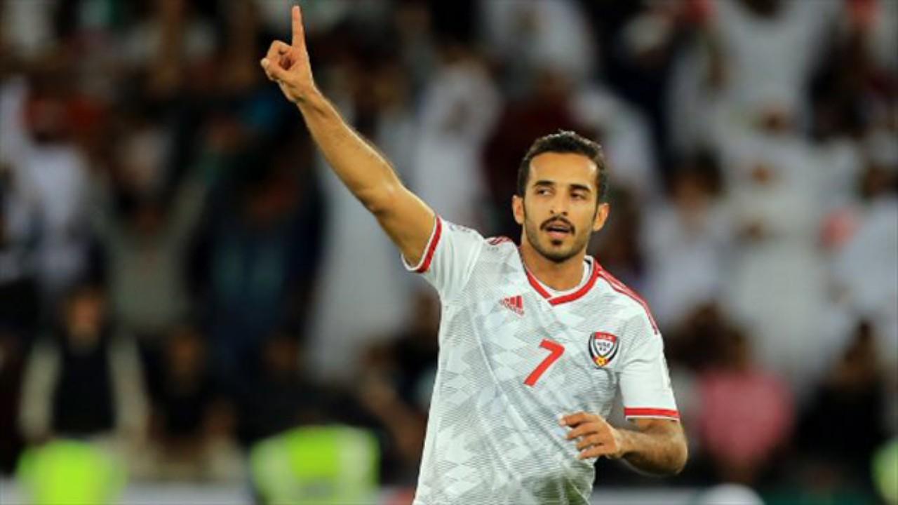 نجم منتخب الإمارات علي مبخوت على ردار الاتحاد