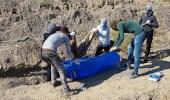 """العثور على جثث 11 أيزيديًا ضحايا مقبرة جماعية نفذها """"داعش"""" بالعراق"""