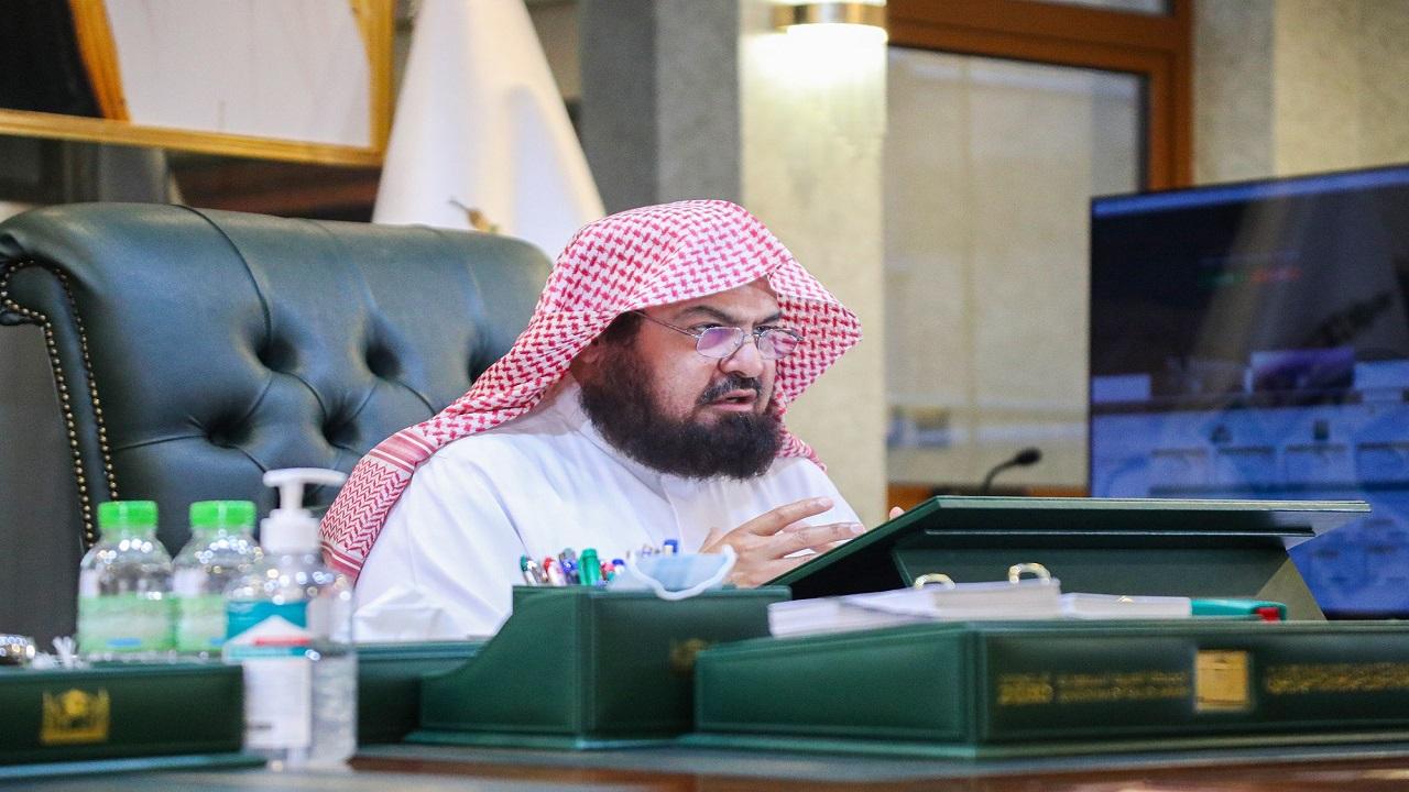 إعفاء مدير إدارة شؤون الأئمة والمؤذنين في المسجد النبوي للقصور في العمل
