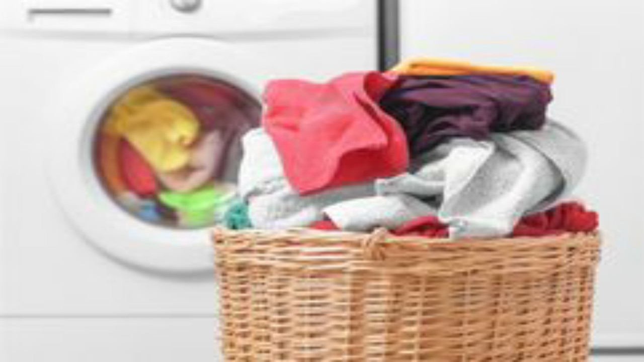أخطاء شائعة في غسل الملابس تسبب أمراض خطيرة
