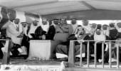 صورة نادرة للملك عبدالعزيز وعدد من أبنائه الأمراء