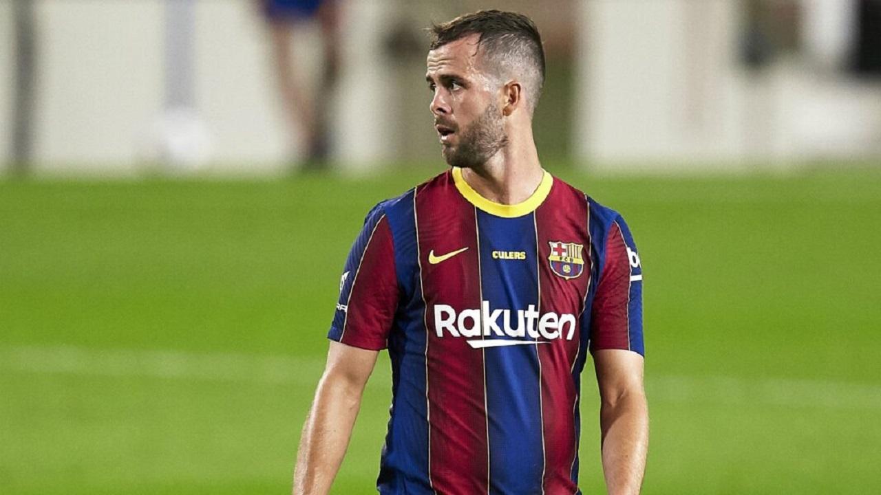 """يوفنتوس يقترب من صفقة تبادلية مع برشلونة لإعادة """" بيانيتش """""""