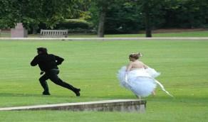 هروب عروسين من زفافهما