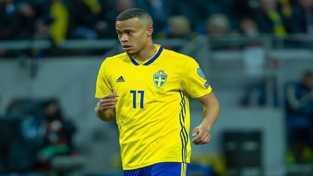 الاتفاق يتعاقد مع مهاجم منتخب السويد رسميا