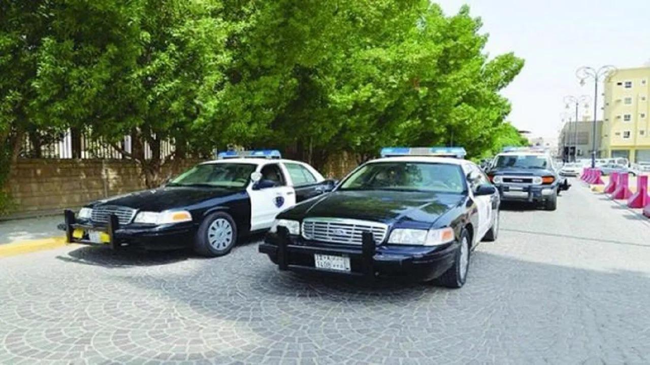 الإطاحة بـ 5 أشخاص سرقوا 8 مركبات لبيعها بعد تجزئتها بمكة