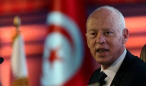 الرئيس التونسي يطالب التجار بخفض الأسعار لتلبية حاجات المواطنين