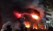 صور..حريق هائل في مبنى سكني يثير الذعر بمصر