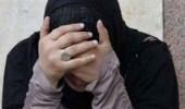 متسولان يتحرشان بفتاة مصرية في ميدان عام (صور)
