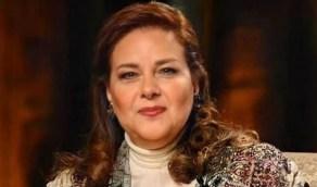 أسرة دلال عبدالعزيز تنفي شائعة وفاتها