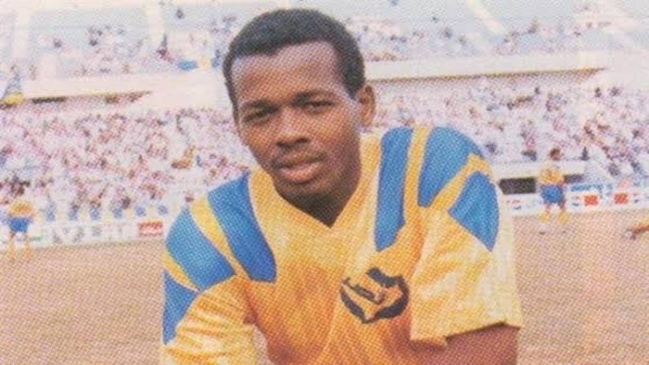 وفاة لاعب النصر السابق مصطفى إدريس بعد صراع مع المرض