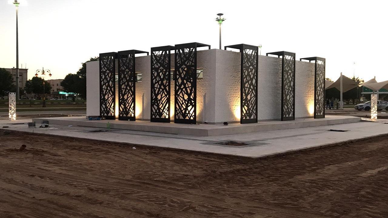 أمانة تبوك تنهي إنشاء ممرات صحية ودورات مياه بمنتزه الأمير فهد بن سلطان