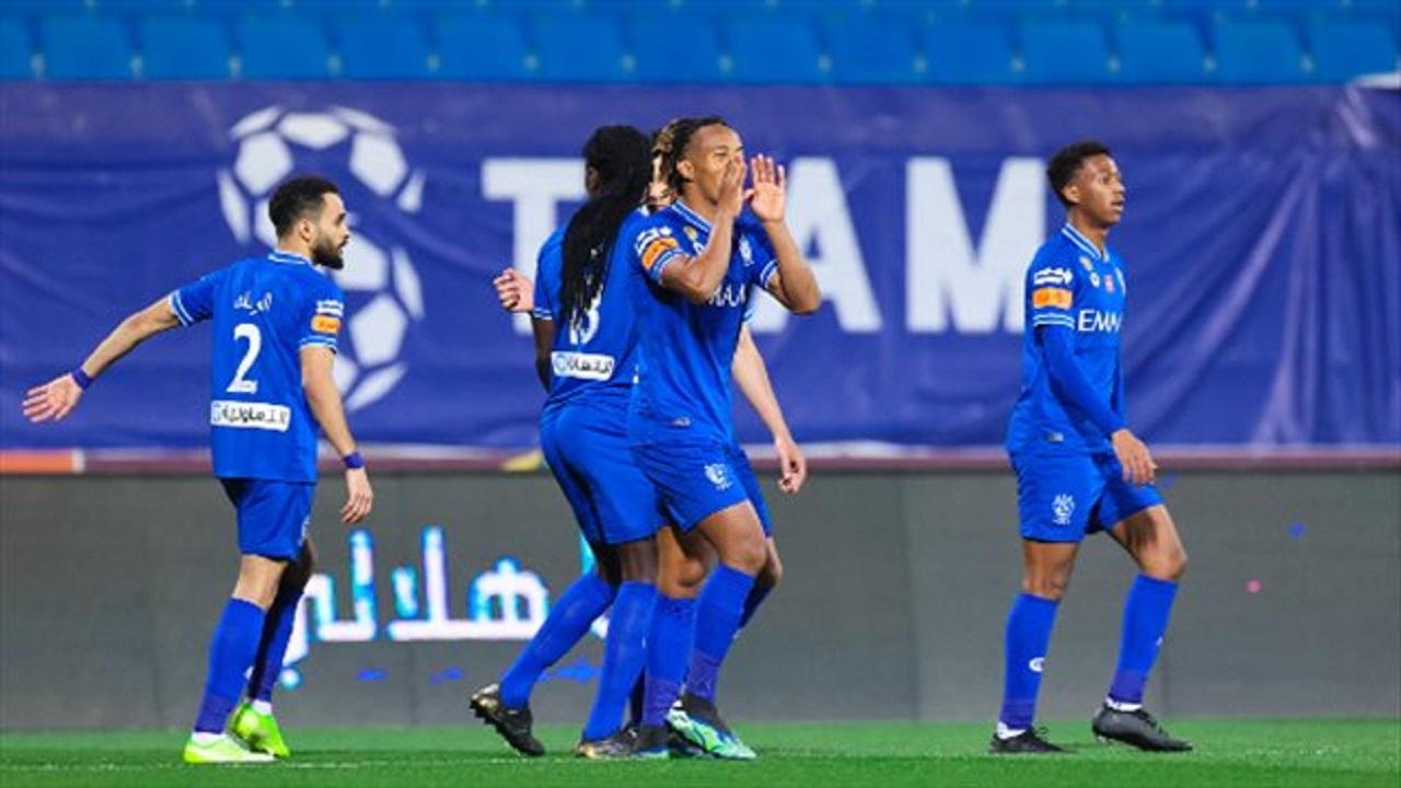 الهلال يفاوض لاعب أجنبي كبير ويحسم صفقة محلية