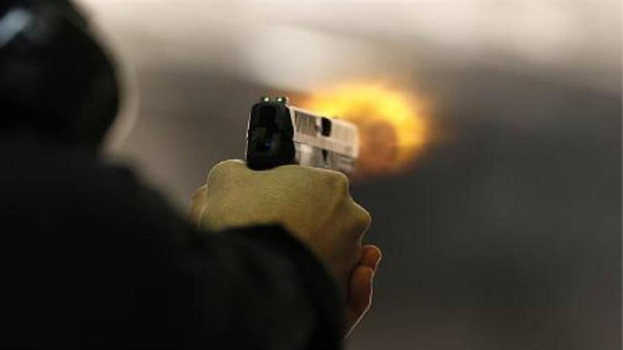 مقتل مسن بـ 60 رصاصة بسبب خصومة ثأرية عندما كان عمره 15 عامًا!
