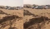 بالفيديو.. العثور على «مسن» بعد فقده في منطقة صحراوية بوادي الدواسر