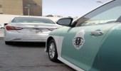 ضبط قائد مركبة قطع الإشارة عمدًا في جدة