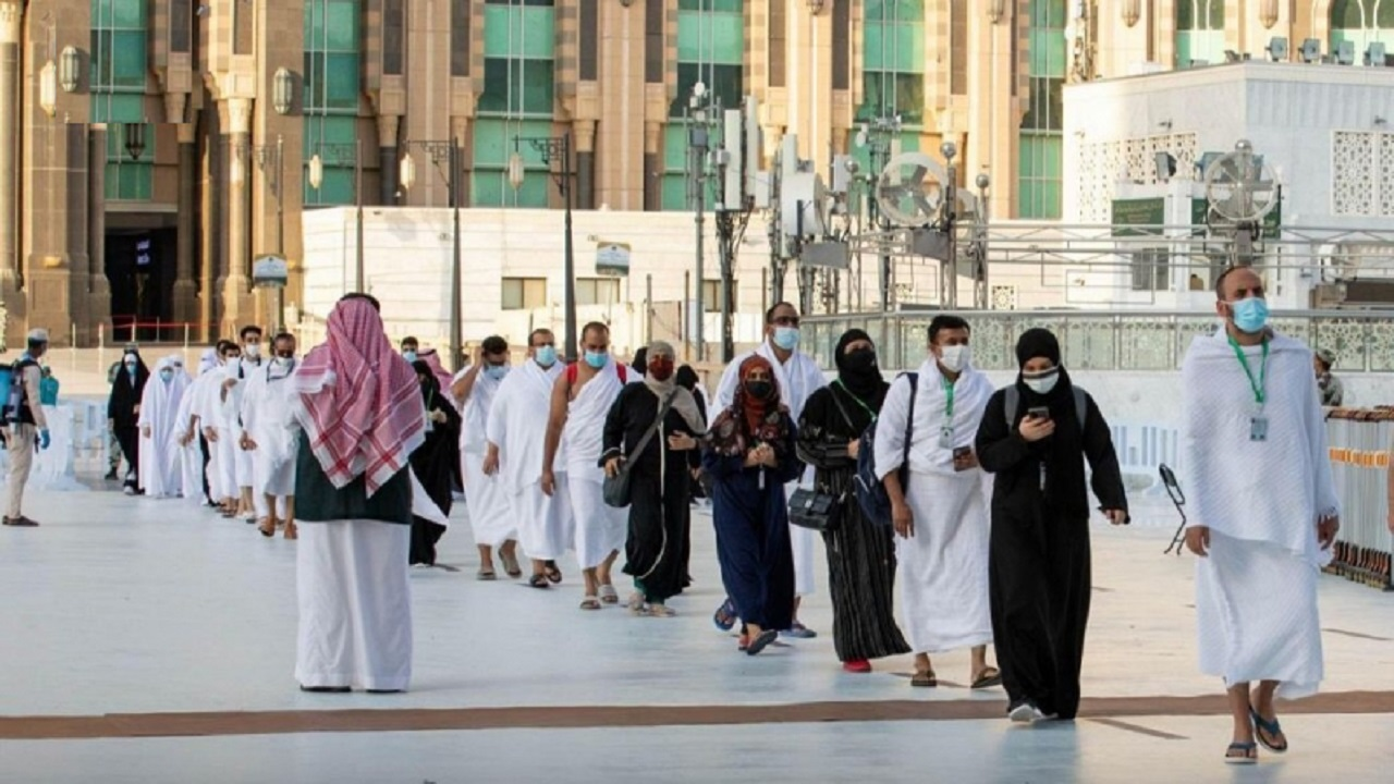 أكثر من 175 ألف برج إنارة تضيء سماء مكة المكرمة والمشاعر المقدسة