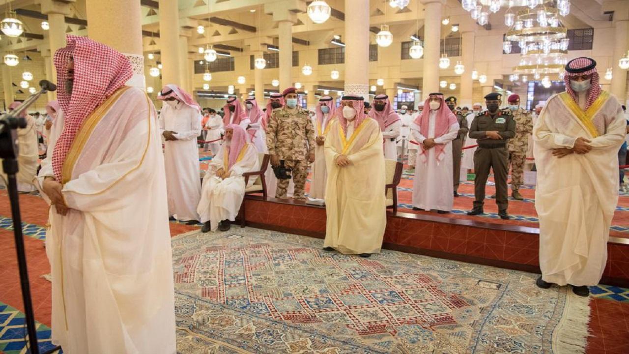 بالصور.. المصلون يؤدون صلاة عيد الأضحى المبارك في مختلف أنحاء المملكة