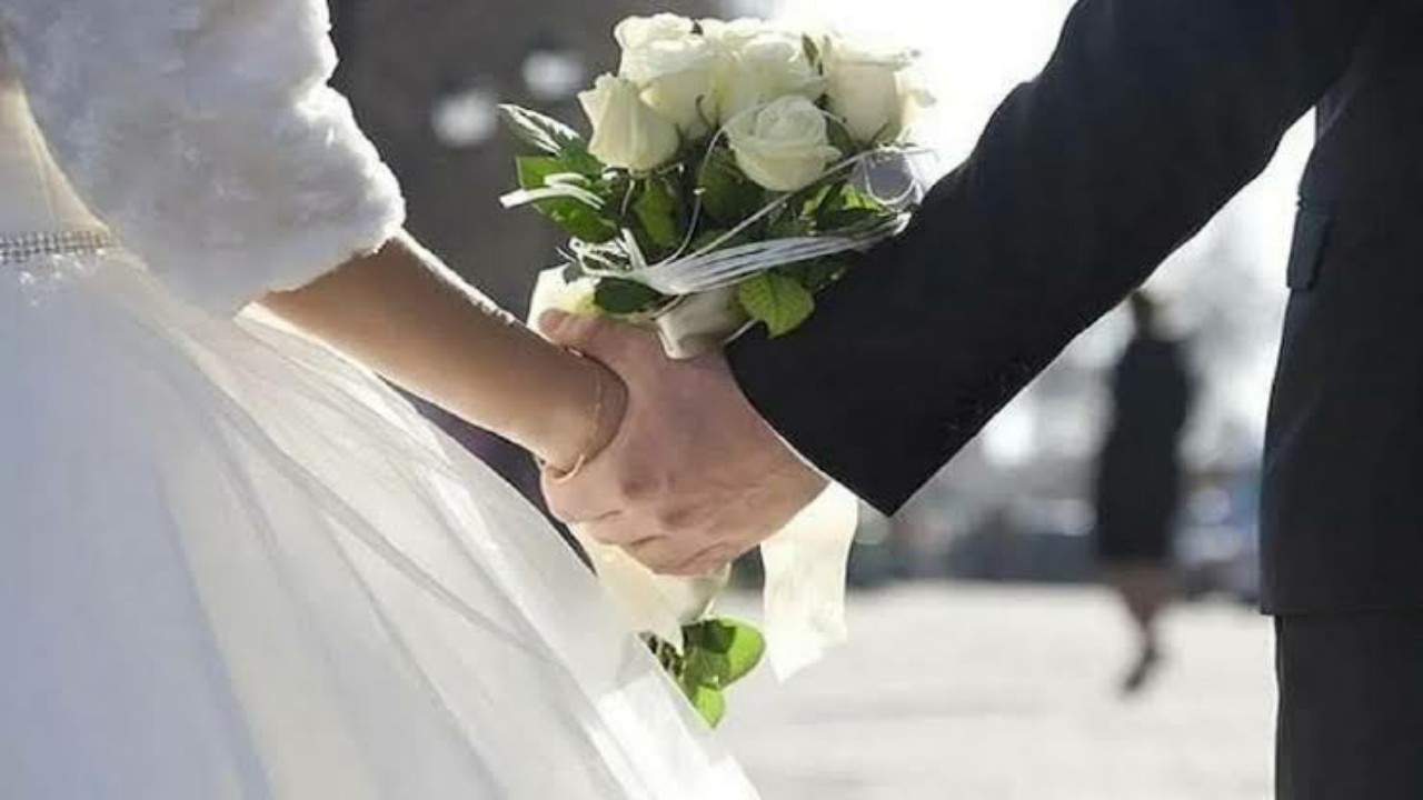 عريس وعروس يواجهان 30 قضية في ليلة زفافهما