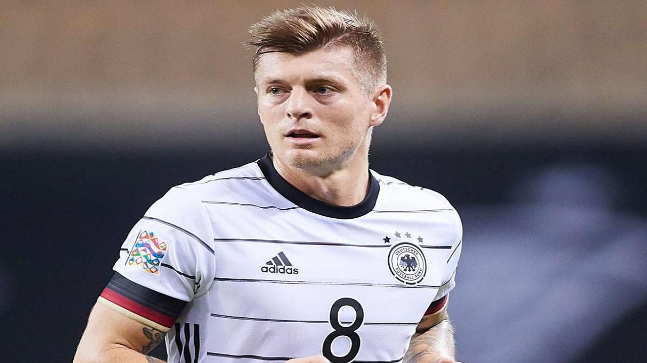 """الألماني """"توني كروس"""" يختار ريال مديد ويعتزل اللعب الدولي"""
