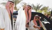 صورة نادرة للملك فهد مع الملك سلمان بحي المربع بالرياض